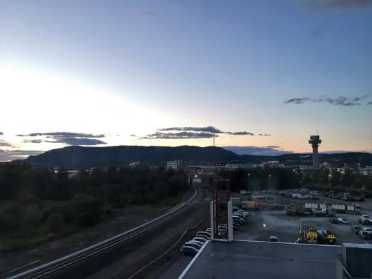 22 Juillet 2017, 23h, Aéroport de Trondheim